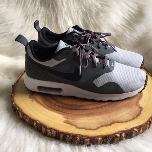 huge discount 0edab aac39 Nike Air max tavas sneakers. M 5b8bf5ab47736843688b37d9